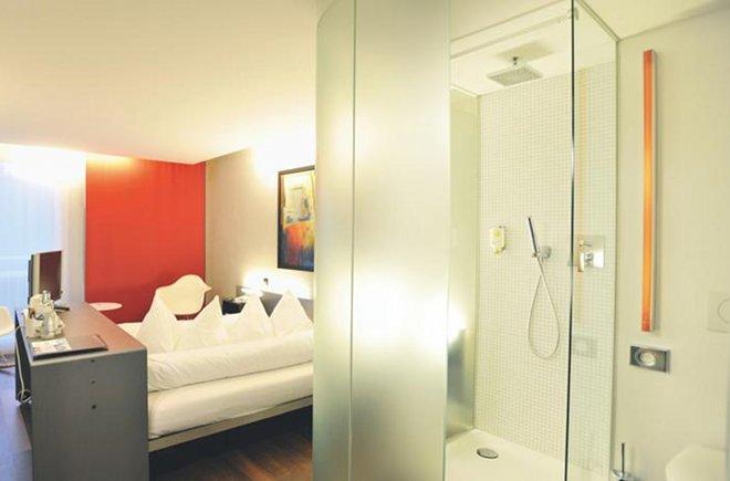 Dusche im Hotel Freienhof